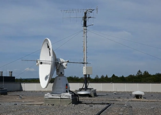 Preview imageTimelapse of the IRS antenna